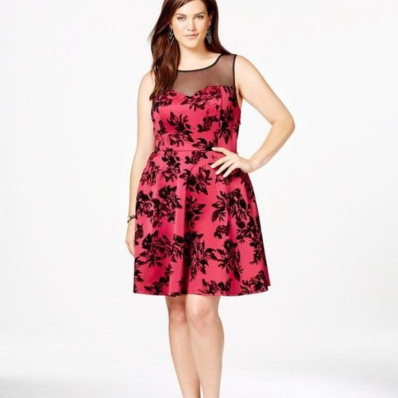 💙 Trixxi Plus Size Fit & Flare Floral Dress 💙